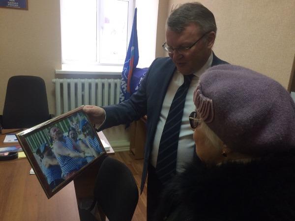 Сергей Никонов провел прием граждан в Лесном