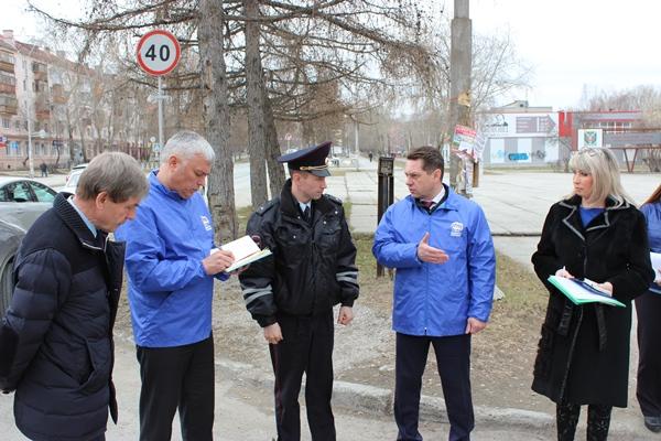 Активисты партпроекта «Безопасные дороги» провели рейды в Асбесте, Камышлове и Тугулыме