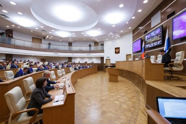 Депутаты Заксобрания Свердловской области согласовали кандидатов на ключевые посты в команде губернатора