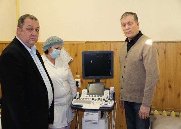 Качканарские единороссы помогли с приобретением нового медицинского оборудования