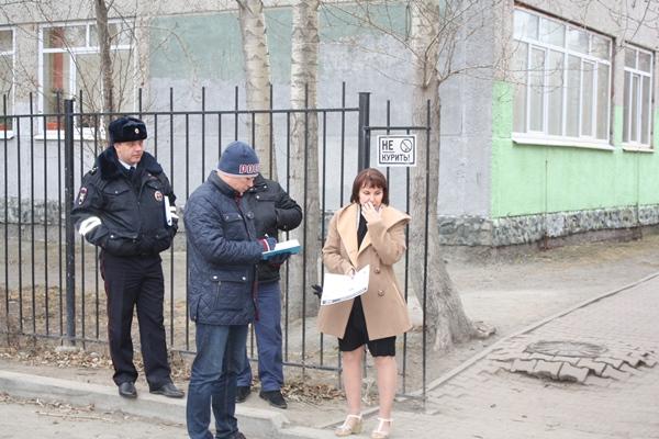 Акция «Дорога в школу»: как в Екатеринбурге оборудованы пешеходные переходы у школ