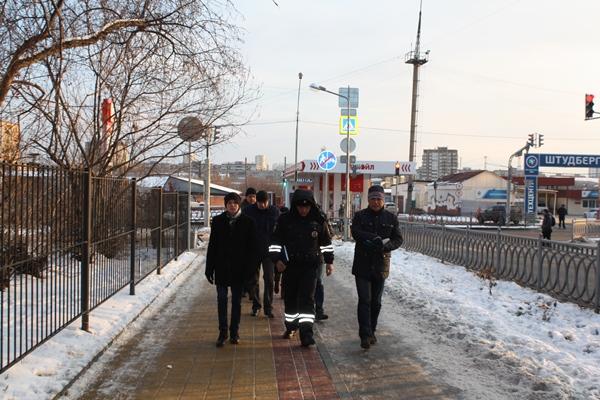Активисты проекта «Безопасные дороги» проверили подходы к школам Кировского района Екатеринбурга