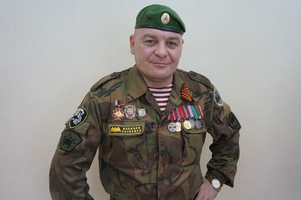 Единороссу Алексею Валееву из Ревды вручена награда за участие в боевых действиях в Чечне