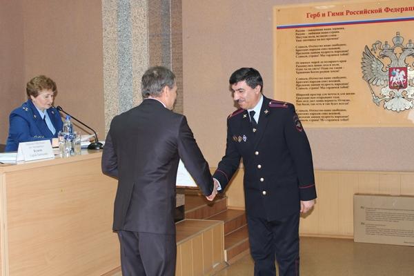 Игорь Володин вручил награды областного парламента сотрудникам органов внутренних дел