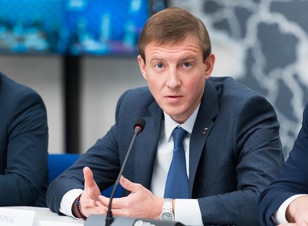Андрей Турчак: Весной «Единая Россия» проведет ребрендинг