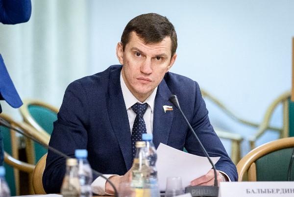 Депутат Госдумы Алексей Балыбердин: Каждый регион несет ответственность за эффективную реализацию партийных проектов