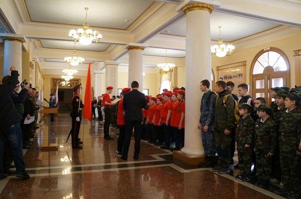 В суворовском военном училище прошла городская военно-патриотическая игра «Зарница»