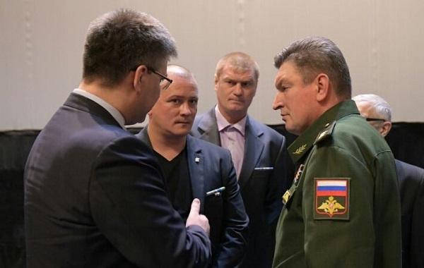Партийцы Октябрьского местного отделения Партии присутствовали на встрече командующего ЦВО с ветеранами и общественниками