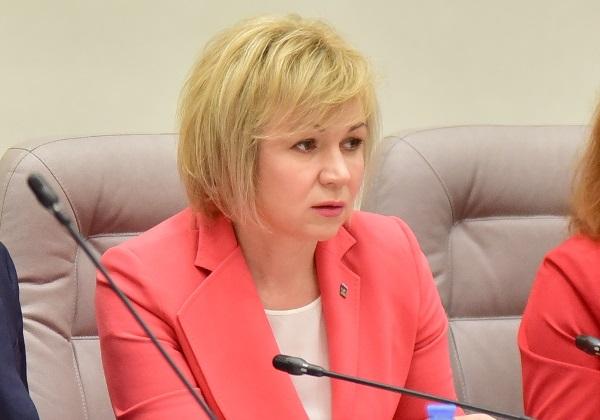 Елена Зленко: Деятельность комиссии Уральского МКС по работе фракций важна дляэффективного решения задач Партии