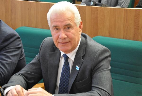 Вице-спикера Заксобрания Виктора Якимова отметили в Администрации Президента за помощь жителям деревни Соколова