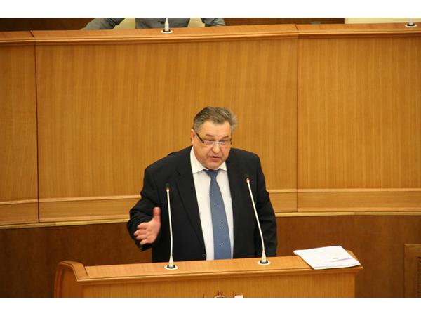 2,7 миллиарда рублей дополнительных доходов областного бюджета будут направлены на зарплату бюджетников