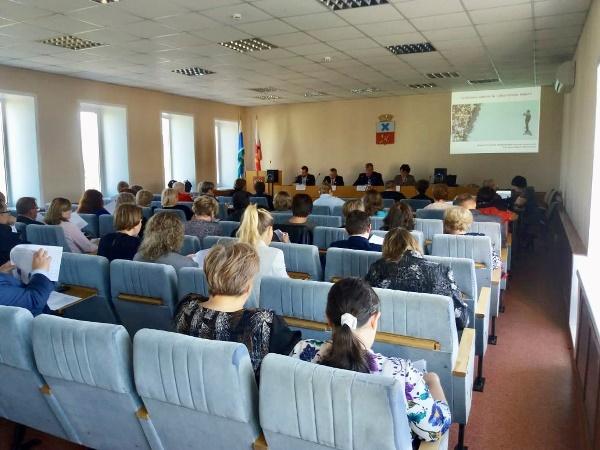 В Ирбите обсудили проблему занятости населения