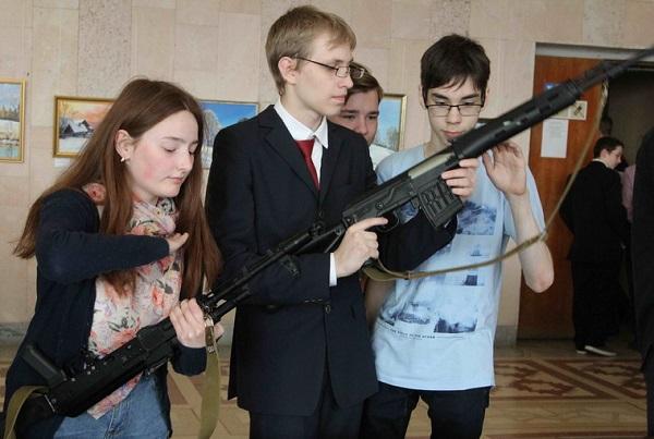 Патриотическая акция «День призывника» прошла в Каменске-Уральском
