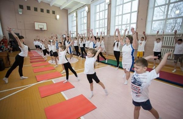 Партийцы обсудили перспективы реконструкции спортзалов в сельских школах