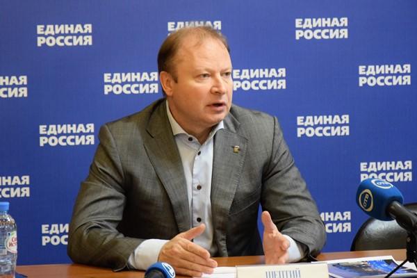 Виктор Шептий рассказал о работе Свердловской делегации на площадках Съезда «Единой России» в Москве