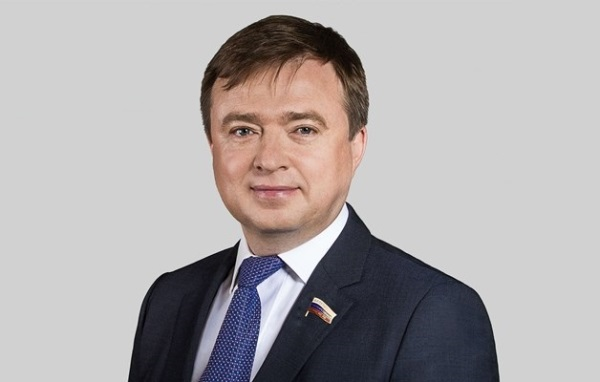 Государственная Дума приняла законопроект об упрощенном порядке получения российского гражданства