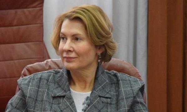 Елена Чечунова призвала молодежь принять участие в развитии Свердловской области