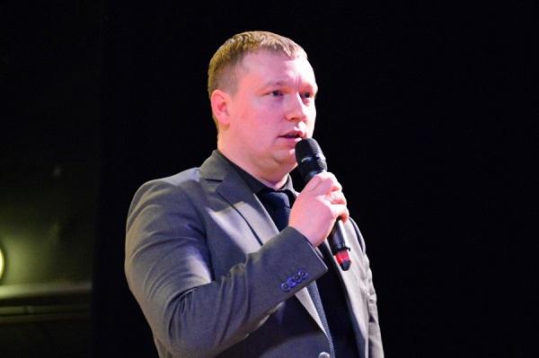 Владимир Смирнов поприветствовал участников фестиваля «Екатеринбургские родники»