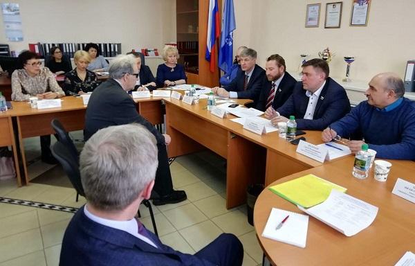 Депутаты Законодательного Собрания Свердловской области провели прием граждан в Верхней Пышме