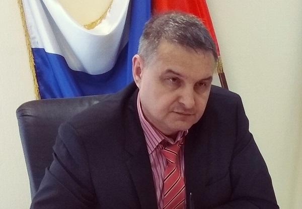Замминистра соцполитики Евгений Шаповалов работал в Региональной общественной приемной