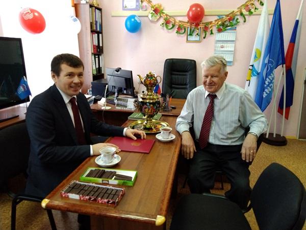 Дмитрий Жуков поздравил с 80-летним юбилеем Николая Индикова