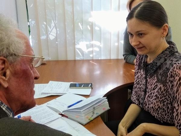 Специалист Фонда социального страхования РФ Мария Филипорова провела прием граждан