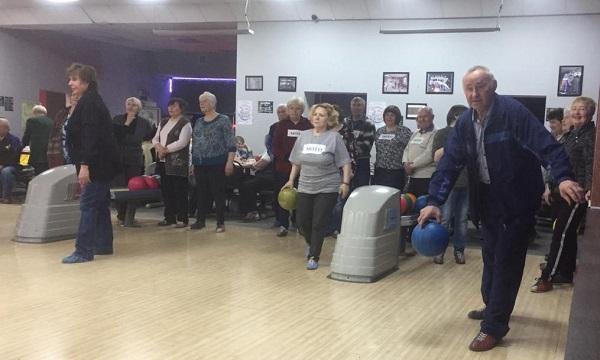 «Единороссы» Ирбита организовали турнир по боулингу среди городских общественных организаций