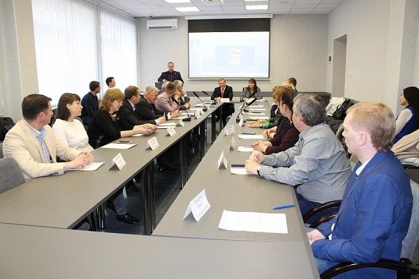 На политсовете Орджоникидзевского района партийцы обсудили реализацию проекта «Безопасные дороги»