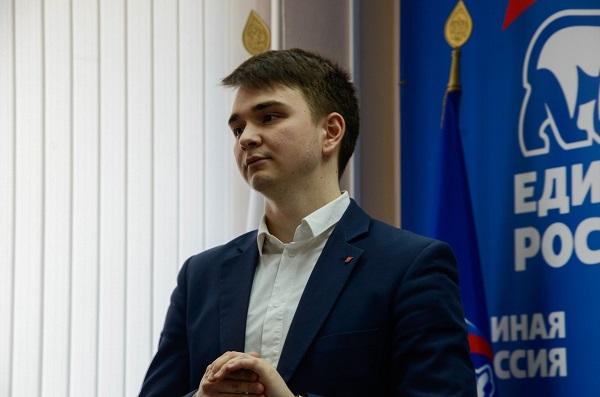 Руководитель «Молодой гвардии» в Свердловской области принял участие в праймериз ЕР