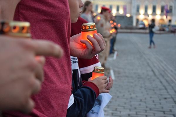 В Екатеринбурге состоялась акция «Свеча памяти»