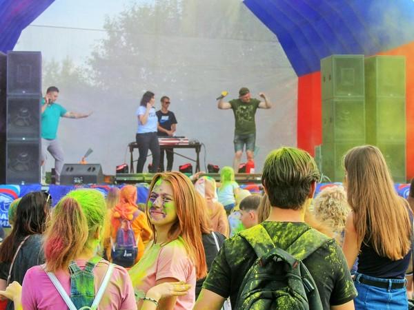 Молодогвардейцы Ирбита организовали День молодежи в своем городе