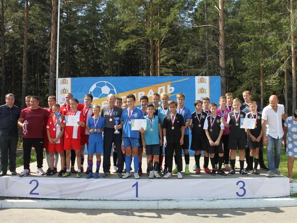 При содействии «Единой России» под Алапаевском прошел Фестиваль дворового футбола