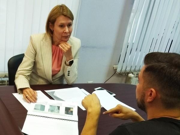 Депутат Законодательного собрания Свердловской области Елена Чечунова провела прием граждан