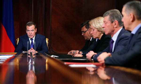 Медведев расширил перечень жизненно важных лекарств
