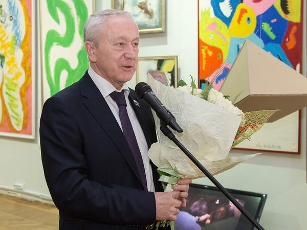 Партийцы поздравили с 75-летием Нижнетагильский музей ИЗО