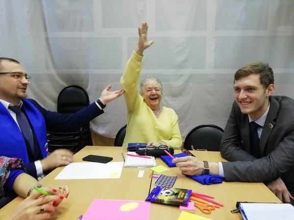 Партийцы Ленинского МОП участвовали в обсуждении благоустройства сквера на Амундсена-Волгоградская