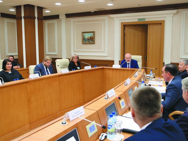 Елена Чечунова рассказала о задачах депутатского корпуса
