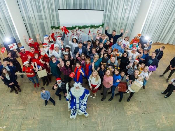 «Молодая Гвардия» в Североуральске участвует в Новогоднем благотворительном марафоне