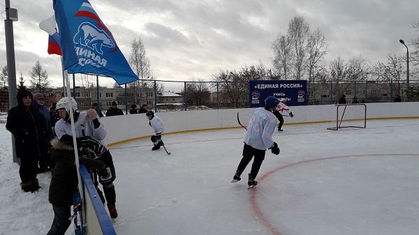 При поддержке Белоярского местного отделения Партии состоялся межмуниципальный турнир по хоккею