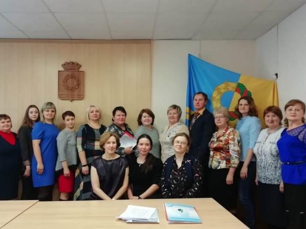 Партийцы Белоярского отделения провели встречу с профсоюзами и СМИ