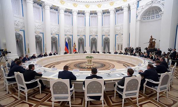 Рабочая группа по поправкам в Конституцию РФ выработает механизм общероссийского голосования