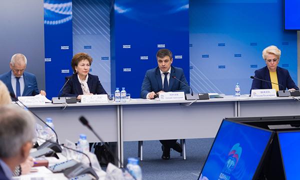 Морозов: «Партпроект охватил 90% направлений из Программы «Единой России» в части здравоохранения»