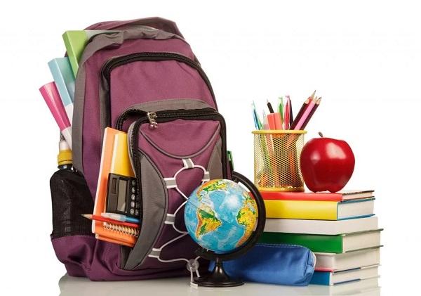 «Единая Россия» оказывает адресную помощь детям из нуждающихся семей в подготовке к началу нового учебного года