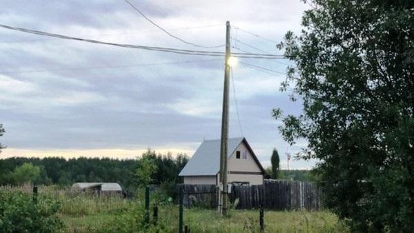 Благодаря поддержке депутатов ЗССО в поселках обновили линии электроснабжения