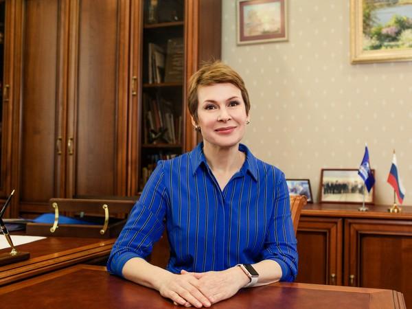 Елена Чечунова: «Профильный комитет обсудил закон о молодежной политике в РФ»